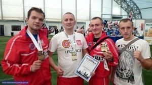 Dolnośląski policjant najlepszym trenerem sztuk walki na Mistrzostwach Świata K-1 w Londynie
