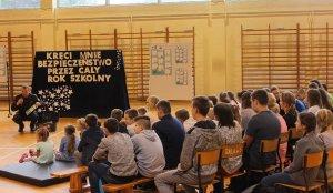 """""""Kręci Mnie Bezpieczeństwo… przez cały rok szkolny"""". Nowa akcja MSWiA i Policji"""