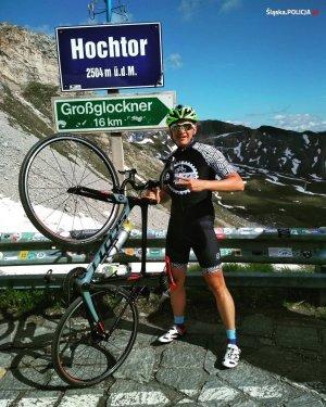 Bartosz Mazur podczas rowerowej wyprawy w Alpach ( podjazd pod Hochtor)