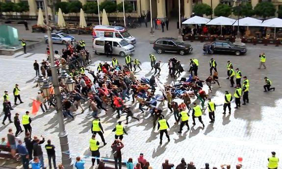 Wielkie manewry na wrocławskim Rynku – zintegrowane ćwiczenia ...